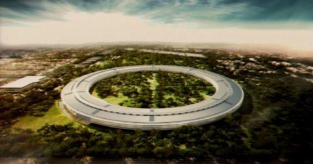 Il Campus Apple paparazzato dal drone spia