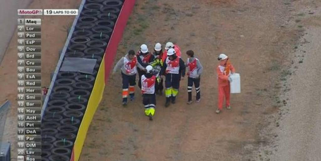 "MotoGP Aragon 2014, incidente per Valentino Rossi: ""sto bene"""