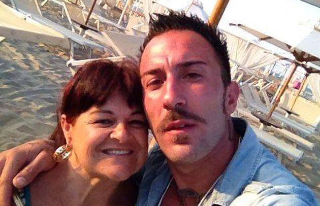 Stefania Pezzopane tradita dal compagno Simone Coccia Colaiuta? Messaggi hot mandati su Facebook
