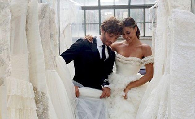 Belen Rodriguez e Stefano De Martino sposi per l'anniversario di matrimonio