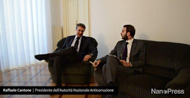 Raffaele Cantone, intervista al magistrato Anticorruzione e Presidente dell'Anac