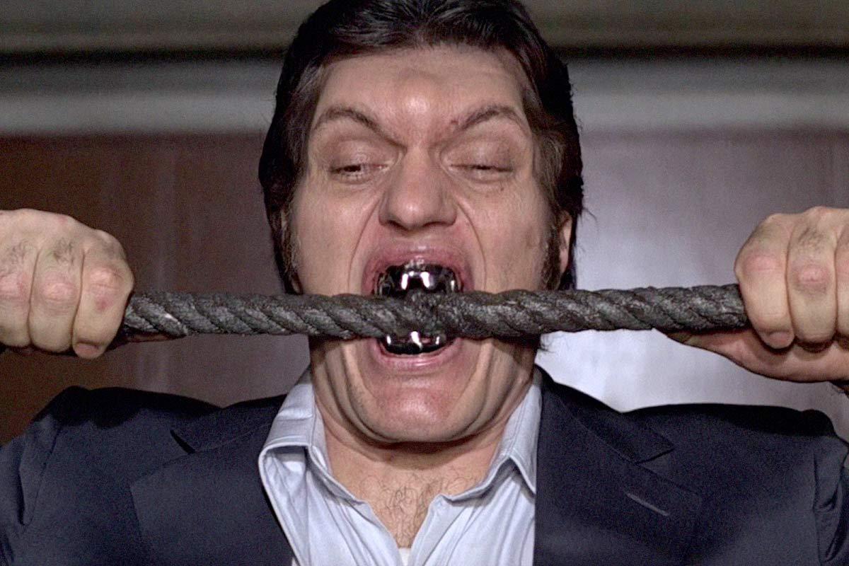Morto Richard Kiel Squalo 007
