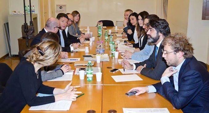 Direzione PD, Renzi vince su Jobs Act e articolo 18