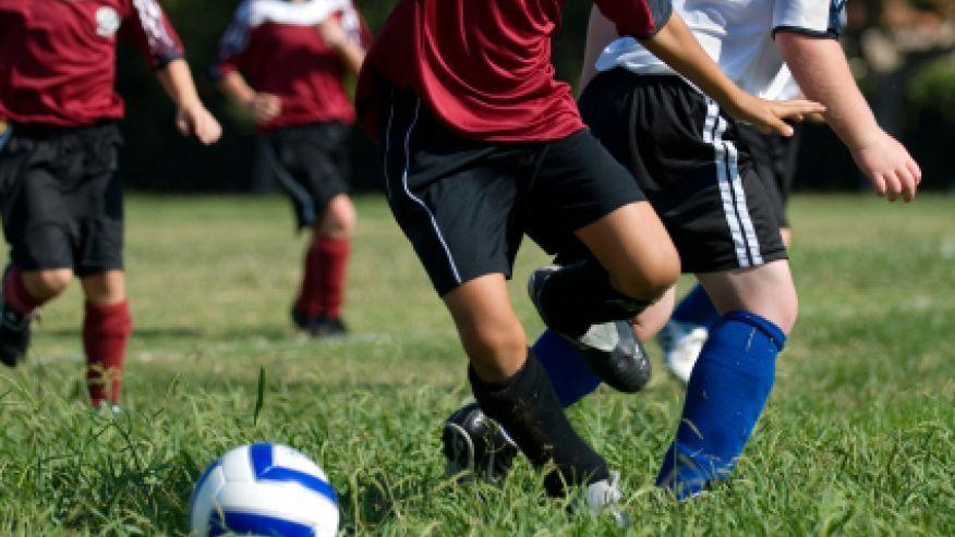 Calcio e razzismo: undicenne squalificato 2 mesi per insulti all'arbitro