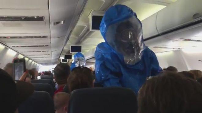 Ebola: servono altri 5.000 operatori sanitari