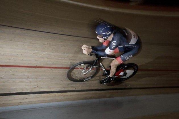 Ciclismo, Matthias Brandle nuovo record dell'ora, 51,850 km
