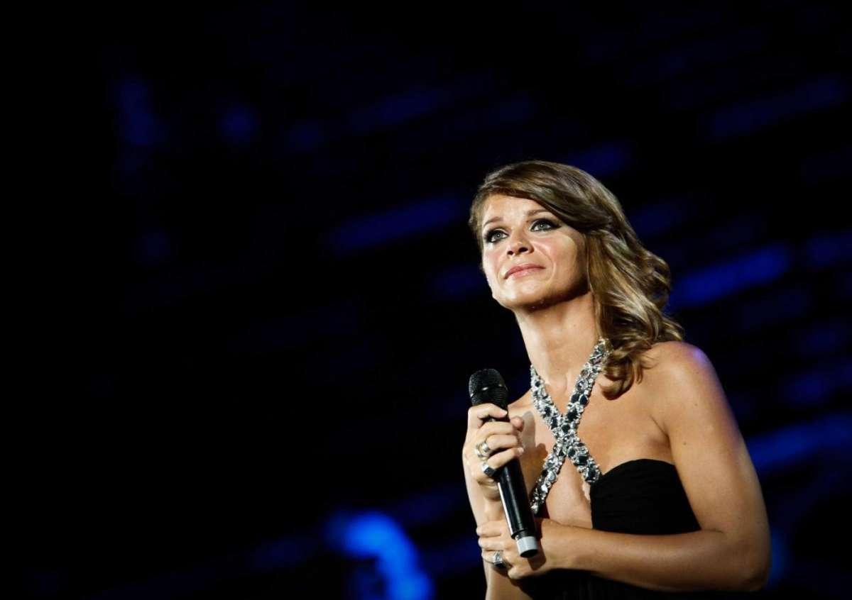 Alessandra Amoroso Best Italian Act MTV EMA 2014