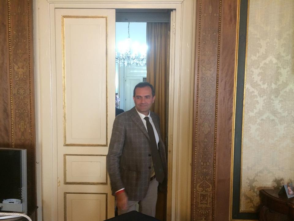 Luigi De Magistris Sindaco di Napoli nuovamente effettivo