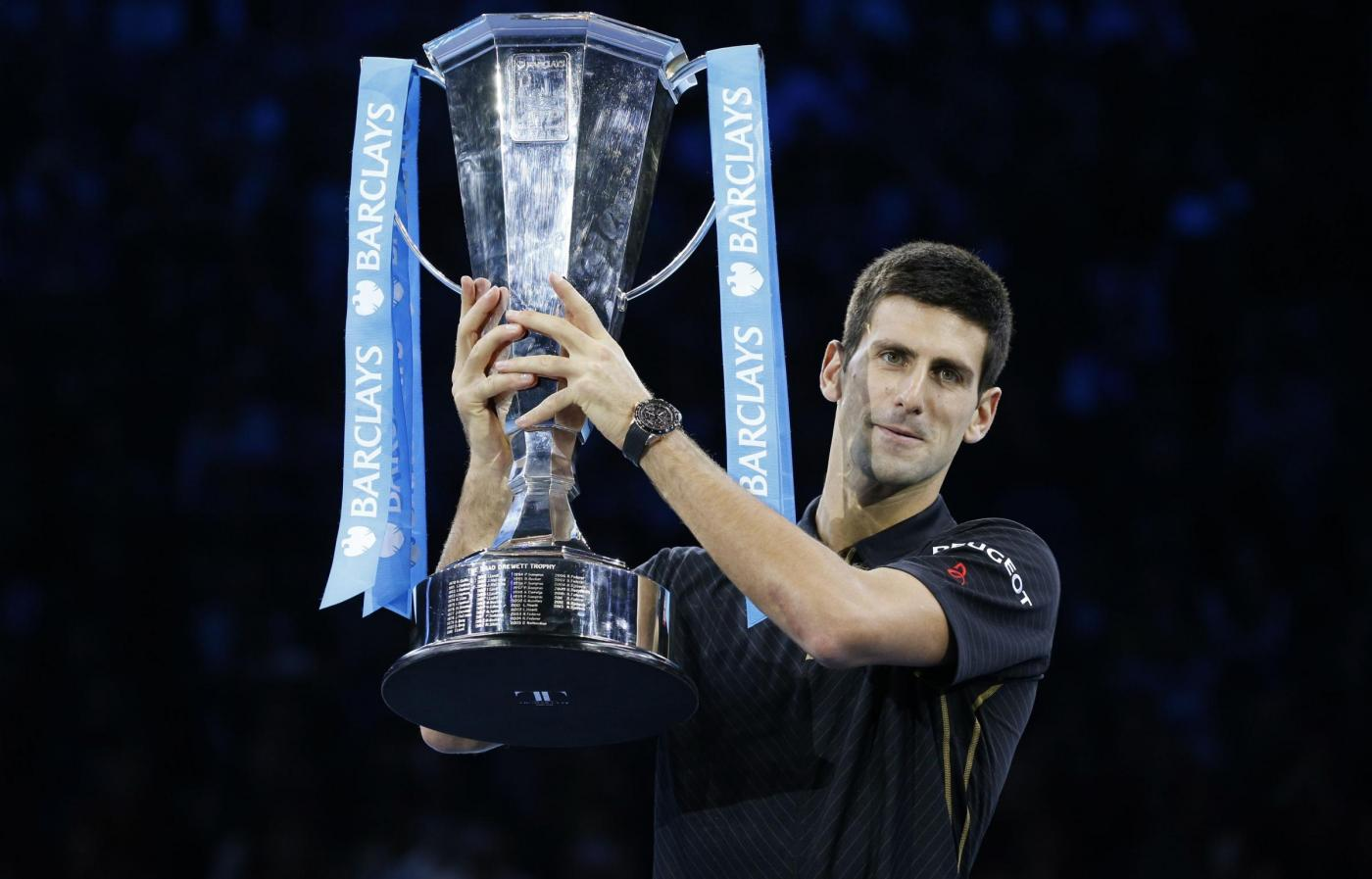 Atp Finals: Djokovic trionfa, Federer rinuncia per salvare la Davis