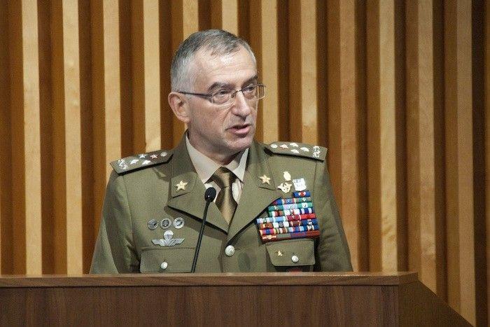Maltempo in Italia, Claudio Graziano: «L'esercito è indispensabile, il volontariato non basta»