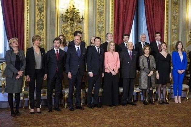 Governo Renzi, i costi dei ministeri e il guadagno dei Ministri
