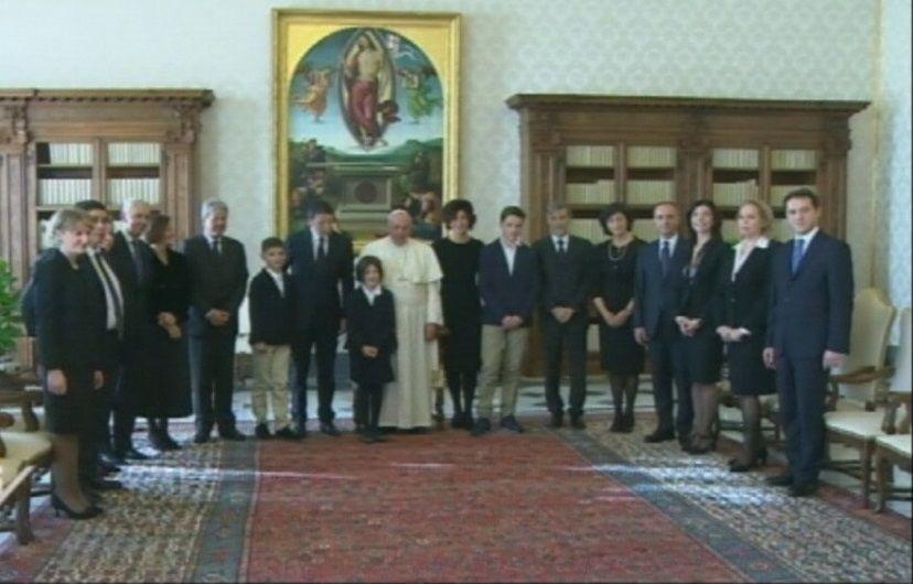 Matteo Renzi visita papa Francesco: prima udienza ufficiale in Vaticano