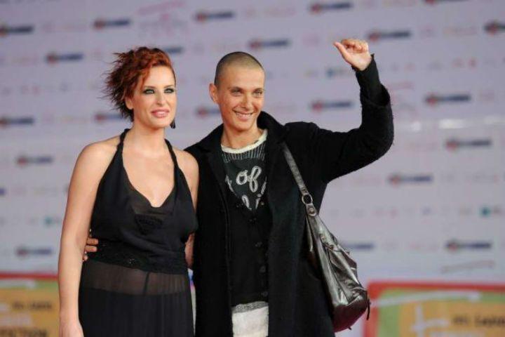 Simona Borioni a Verissimo: 'Con Rosalinda Celentano finita per colpa dell'alcool'