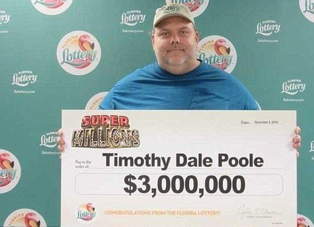 Florida: molestatore sessuale vince alla lotteria 3 milioni di dollari