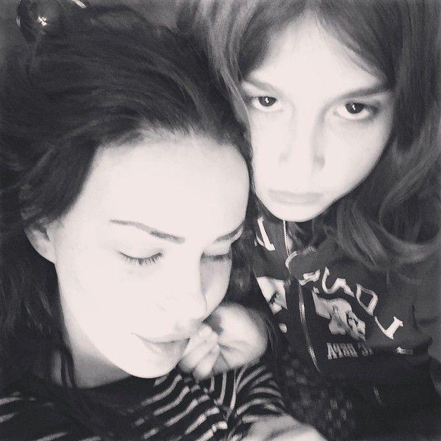 Nina Moric su Instagram attacca Fabrizio Corona: 'Non pensa a suo figlio Carlos'