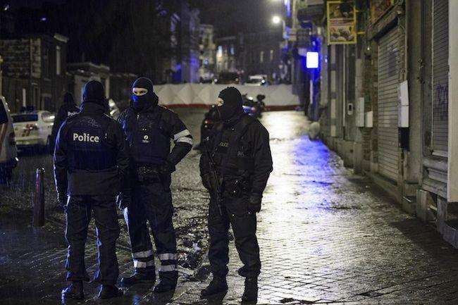 Attentato a Parigi, media francesi: 'Fermato un complice di Coulibaly'