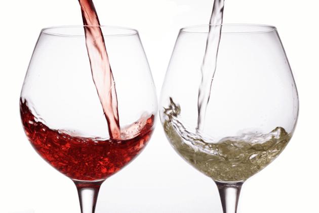 Bere più di 2 bicchieri di alcool al giorno aumenta il rischio di ictus