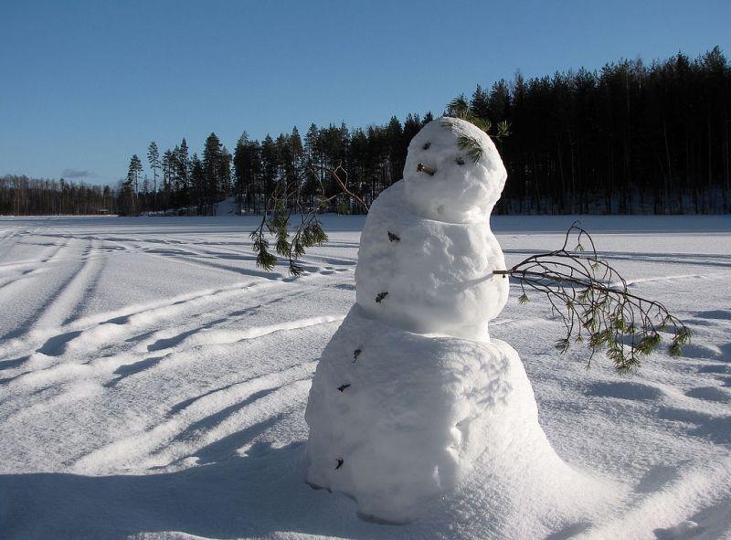 Un editto religioso contro i pupazzi di neve: «Non sono accettabili per l'Islam»