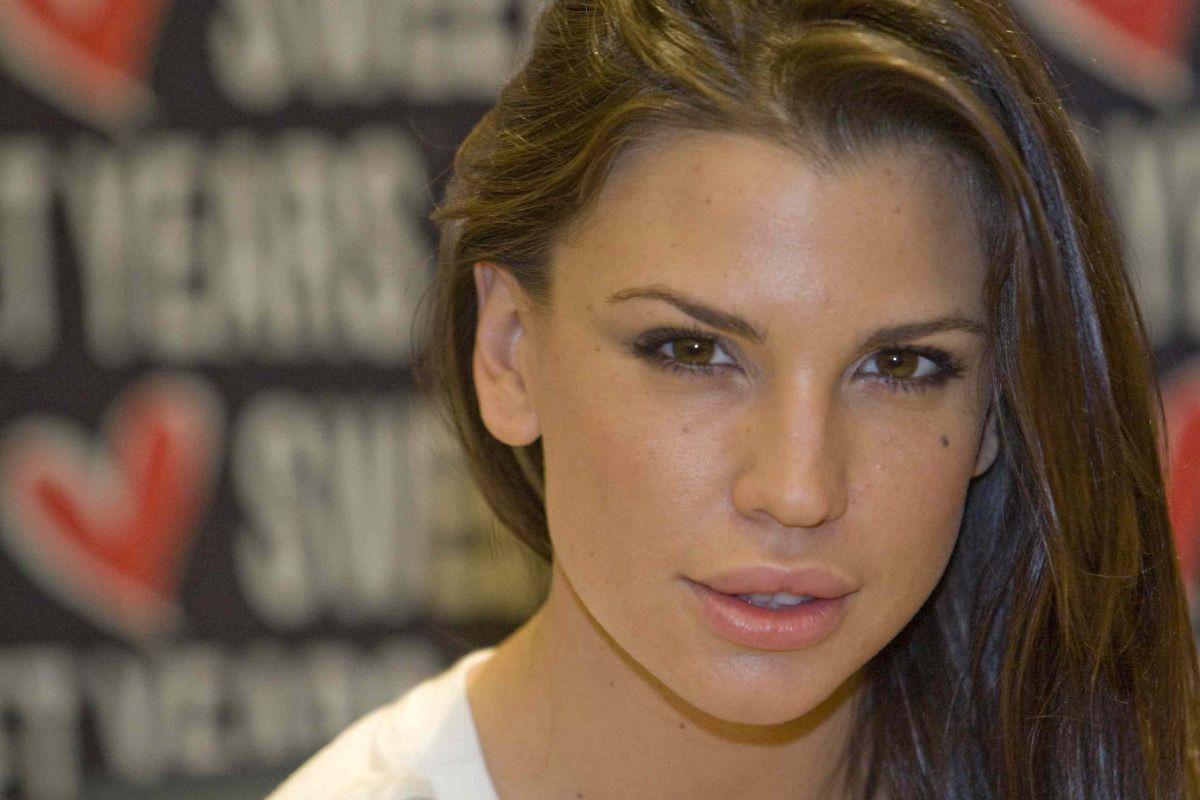 Claudia Galanti, confessione choc: 'Ho pensato di farla finita dopo la morte di Indila'