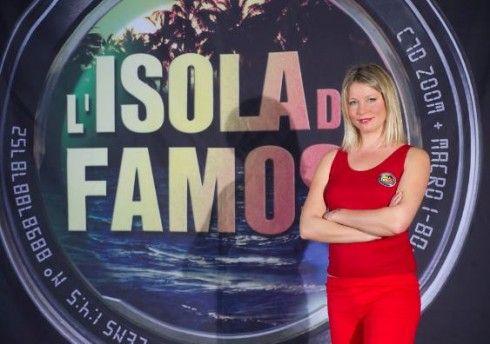 Flavia Vento contro l'Isola dei famosi su Twitter: 'Sono un'attrice, non una pescivendola'