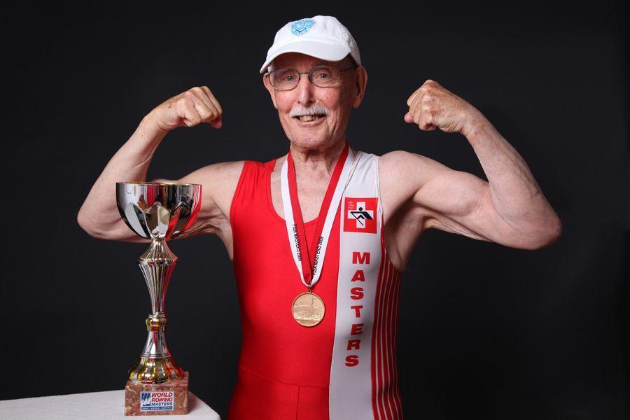Charles Eugster, nonno da record si allena tutti i giorni e vince la corsa battendo il precedente