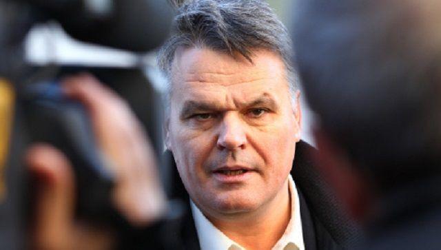 Stefan Lanka, il biologo che nega l'esistenza del morbillo è stato condannato a pagare 100.000 euro