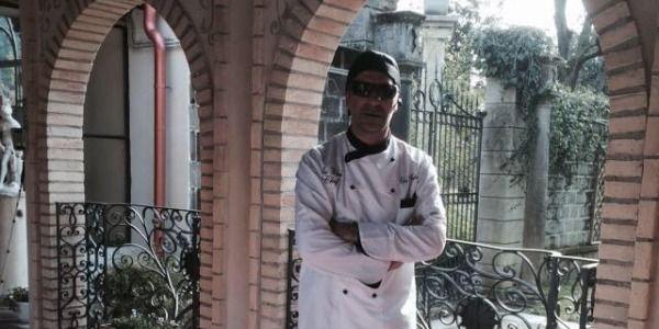 Anthony Andaloro, il primo blind chef italiano che cucina 'al buio'