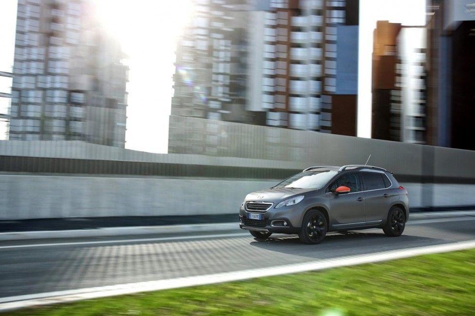 Peugeot 2008 Black Matt: motori e prezzo