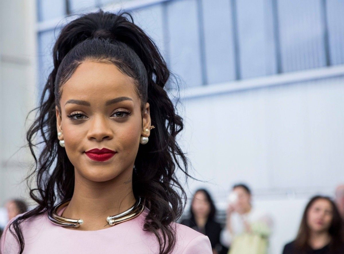 Rihanna Bitch Better Have My Money plagio