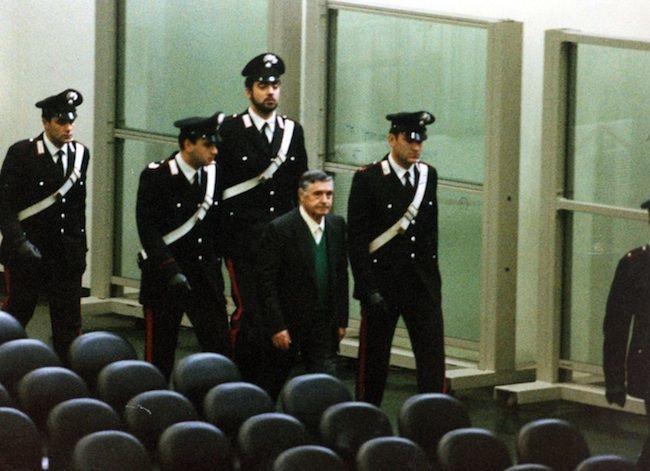 Strage Rapido 904, assolto Totò Riina: ricostruzione della strage e dei processi