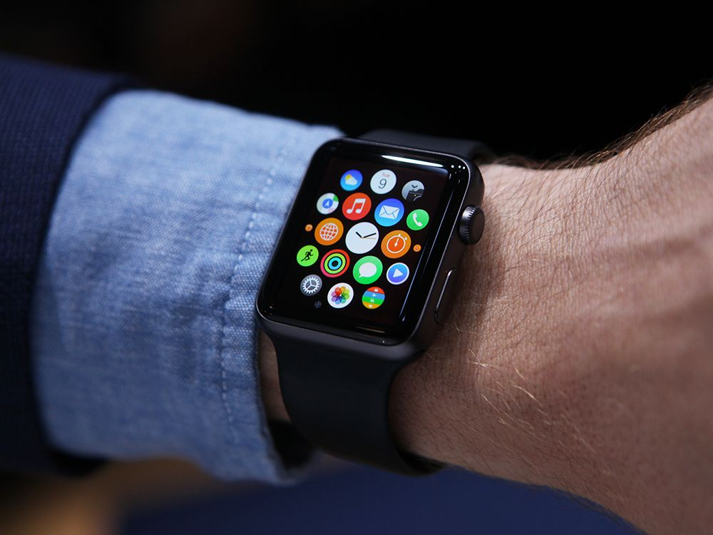 Apple Watch: produrlo costa 75 euro, ma si vende a 400