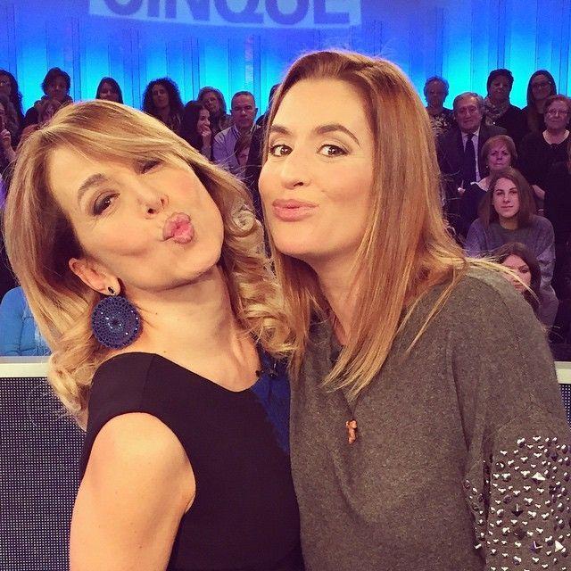 Daniela Fazzolari mamma, parto cesareo per l'attrice di Centovetrine: è nato Andrea