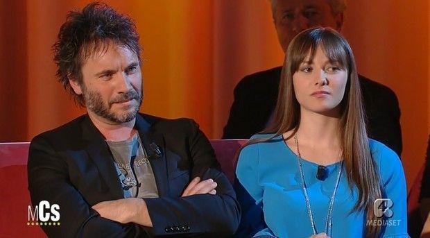 Nek si confessa al Maurizio Costanzo Show: al suo fianco la figlia Martina