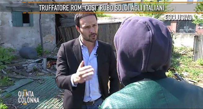 Mediaset licenzia Fulvio Benelli dopo lo scoop di Striscia la Notizia sui servizi falsi di Quinta Colonna