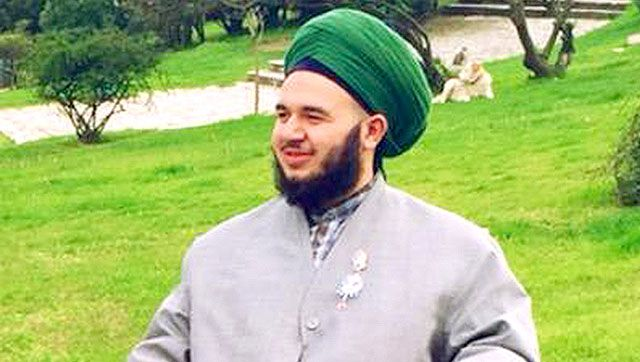 Lo studioso dell'Islam avverte: chi si tocca avrà la mano incinta nell'Aldilà