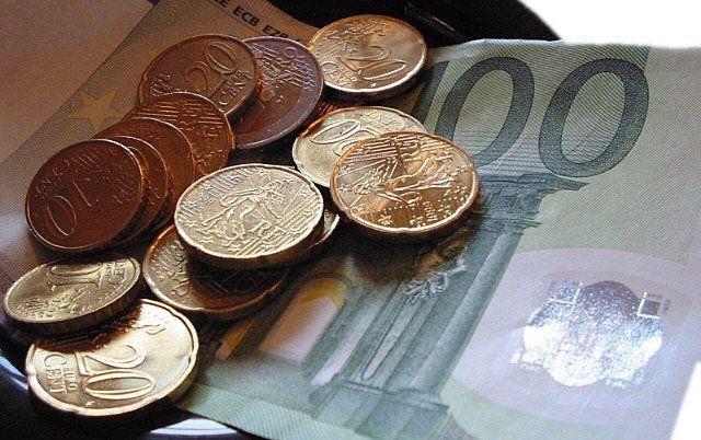 I nomi degli evasori fiscali nella blacklist del sito del Comune