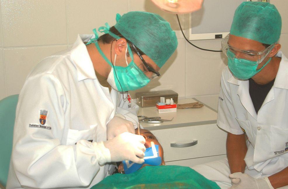 Novità per le cure: i dentisti hanno un obbligo in più