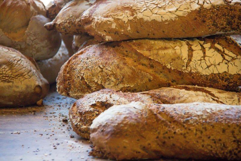 Maxi sequestro di 3572 chilogrammi di pane nel napoletano