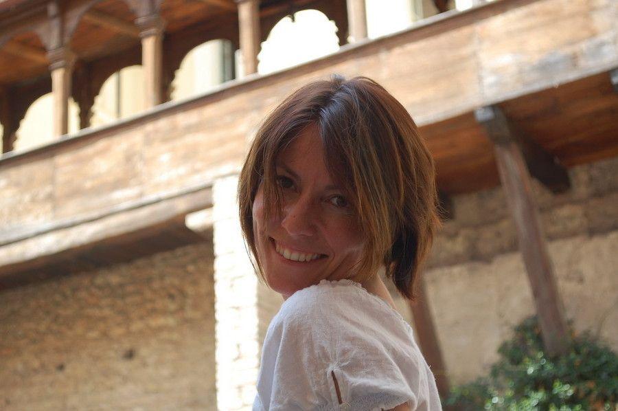 Premio Bancarella 2015: vince Sara Rattaro con 'Niente è come te'
