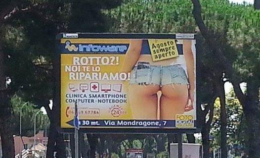 Lo slogan del manifesto pubblicitario che scandalizza Roma
