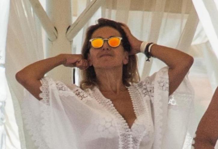 Barbara D'Urso ha un nuovo amore? La conduttrice di Pomeriggio 5 corteggiata da uno sceicco