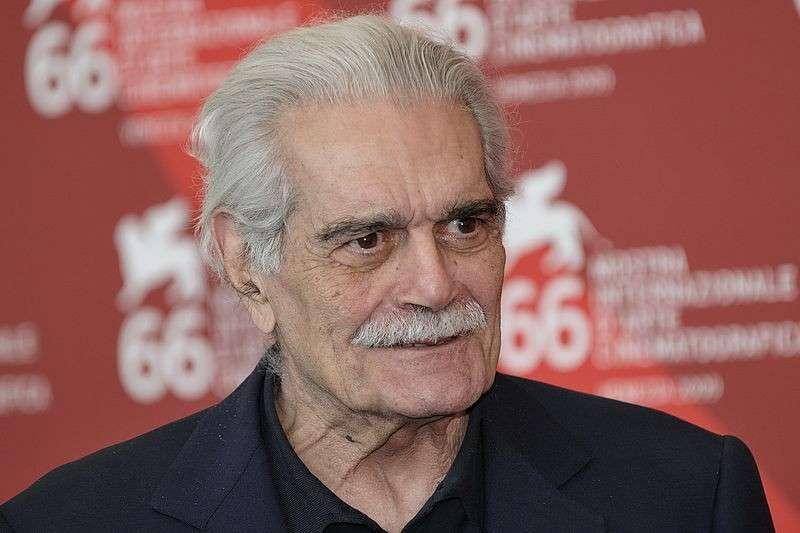 Morto Omar Sharif, addio al Dottor Zivago: l'attore aveva 83 anni, era malato da tempo