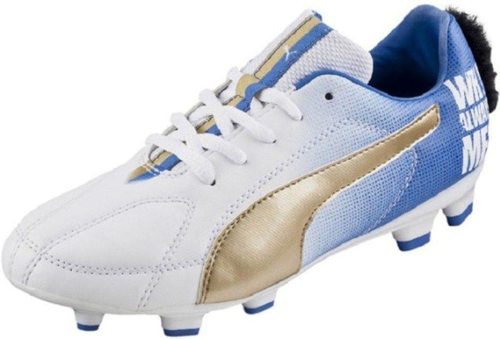 Mario Balotelli: pronte le scarpe…con la cresta