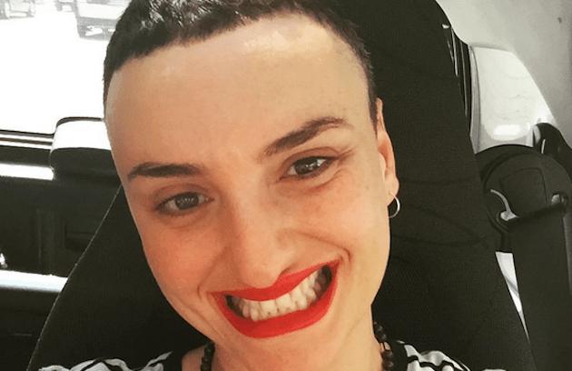 Arisa e il nuovo look: la cantante risponde alle polemiche su Facebook