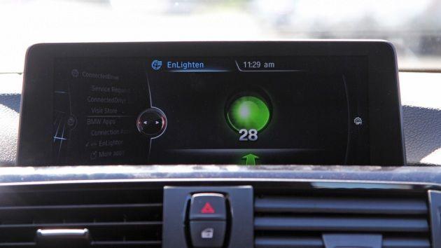 Enlighten app: il display di bordo che anticipa il semaforo