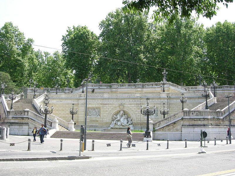 scalinata pincio parco montagnola bologna