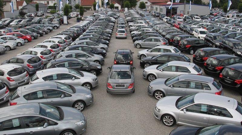 Mercato usato: boom per le due ruote che superano le auto