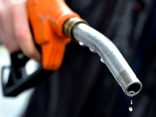 Acqua nella benzina: il distributore deve risarcire i danni