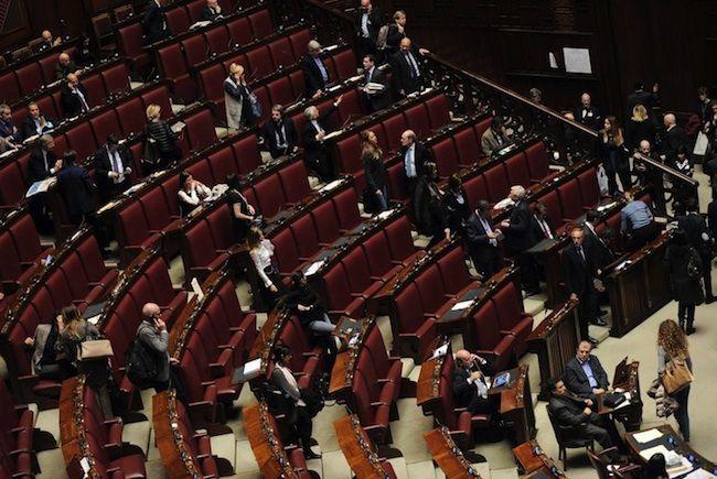 Taglio vitalizi parlamentari del 50%: sarà l'ennesima bufala?