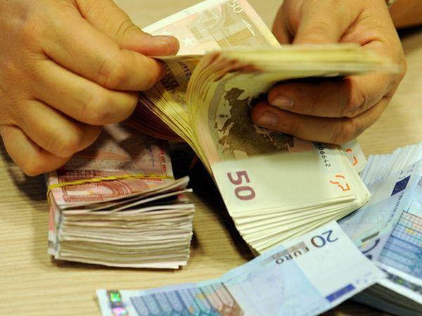 Donne e corruzione: tutti i casi in cui sono le donne a gestire le tangenti